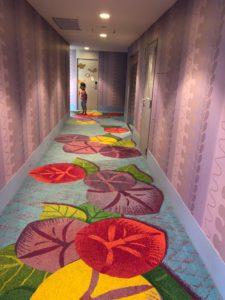 セレブレーションホテルの廊下