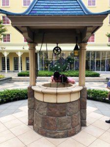 中庭の井戸