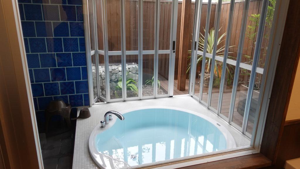 ウフフビレッジの貸し切り風呂